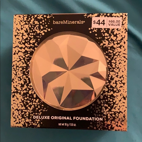 bareMinerals Other - Deluxe original foundation - NEW
